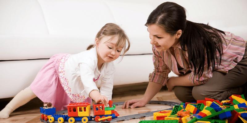 Chơi cùng trẻ chậm nói tăng động – Đơn giản mà hiệu quả